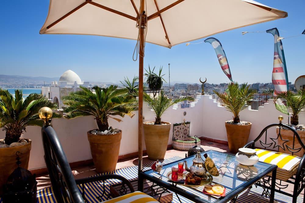 Panorama-Zimmer, Meerblick - Terrasse/Patio