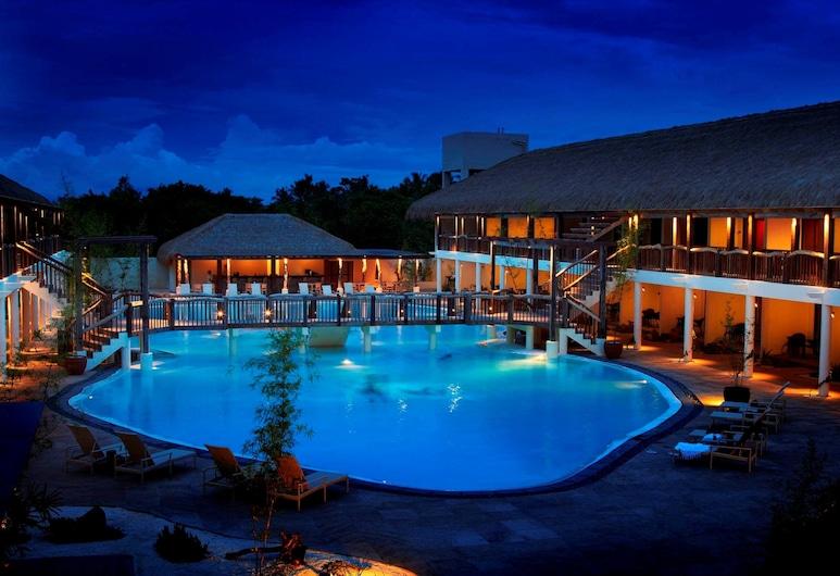 Bluewater Panglao Beach Resort, Panglao, Outdoor Pool
