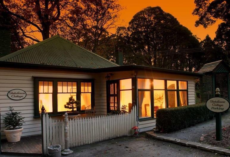 Moulton Park Cottages, Sassafras, Depan hartanah - siang
