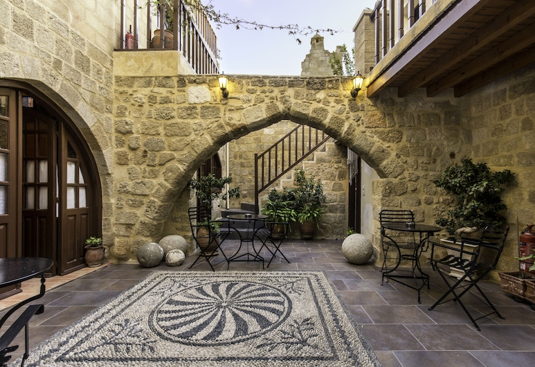 Camelot Traditional & Classic Hotel, Rhodos