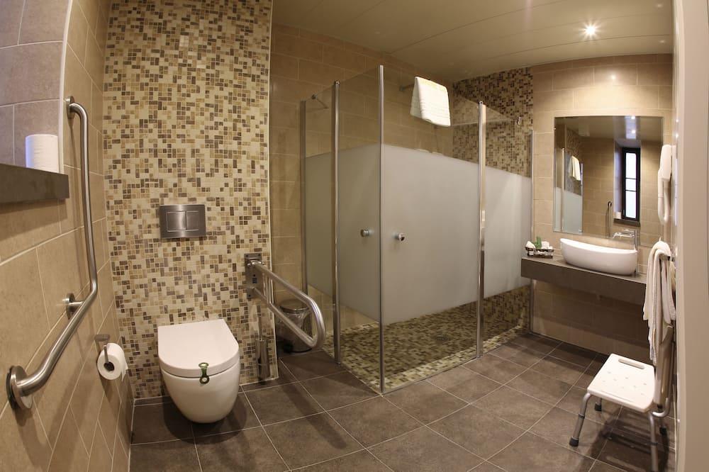 Zweibettzimmer, Terrasse - Badezimmer