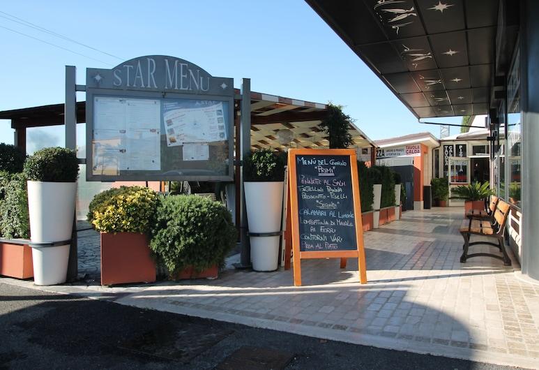 Hotel Star, Ρώμη, Γεύματα σε εξωτερικό χώρο