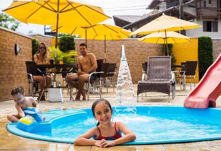 維拉奧拉里亞酒店, 卑拿, 兒童泳池