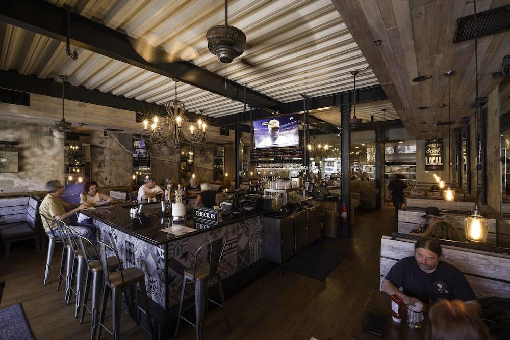 The Tavern Hotel Cottonwood