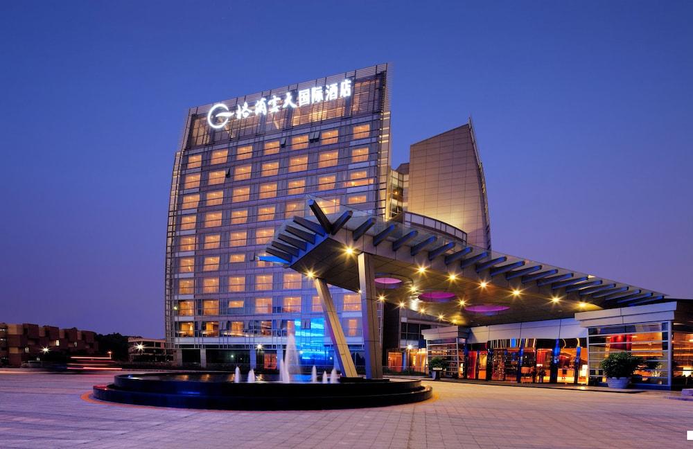 Grand Skylight International Hotel Guanlan, Shenzhen