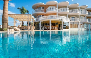 Picture of Arkadia Luxury Hotel Apartments in Zakynthos