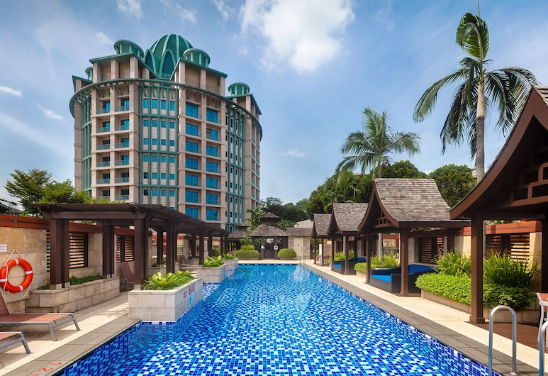 Resorts World Sentosa - Crockfords Tower (SG Clean), Singapore, Pool