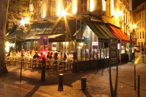 Book Hotel De Gantes In Aix En Provence Hotels Com