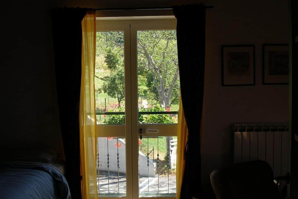 Economy Apart Daire, 1 Yatak Odası, Küçük Mutfak, Zemin Kat (The Oscar Wilde Apartment) - Oda