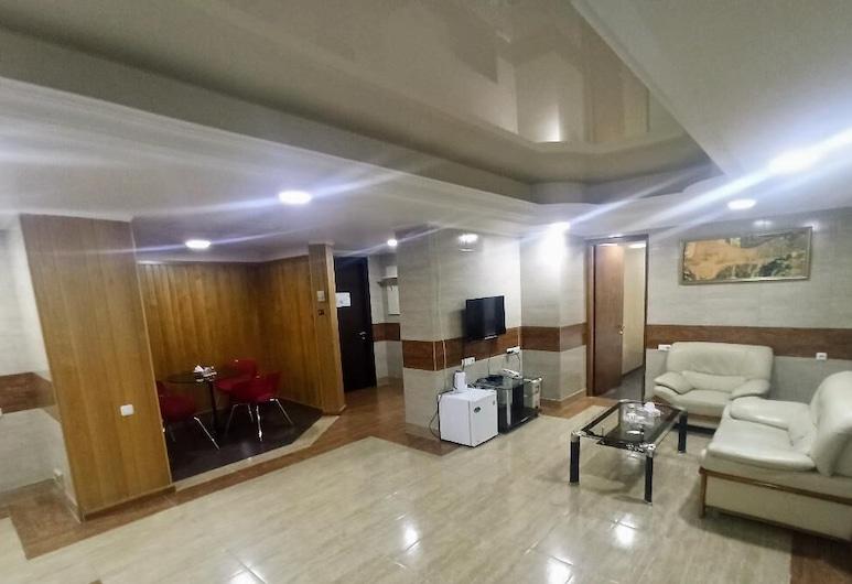 Deluxe Hotel Yerevan, Γιερεβάν, Family Δωμάτιο, Δωμάτιο επισκεπτών