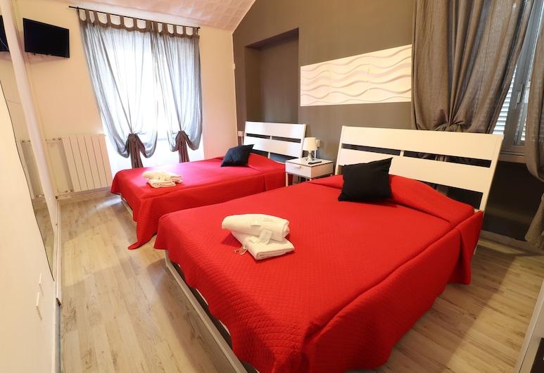 Guest House Minas, Milaan, Eenvoudige vierpersoonskamer, 1 slaapkamer, gemeenschappelijke badkamer, Kamer