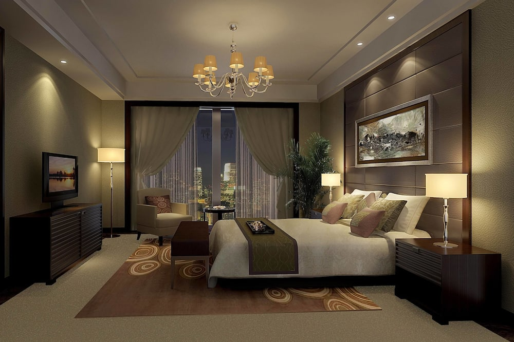 Deluxe Suite, 1 King Bed, City View - Guest Room