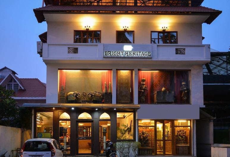 Treebo Trend Bright Heritage, קוצ'י, חזית המלון