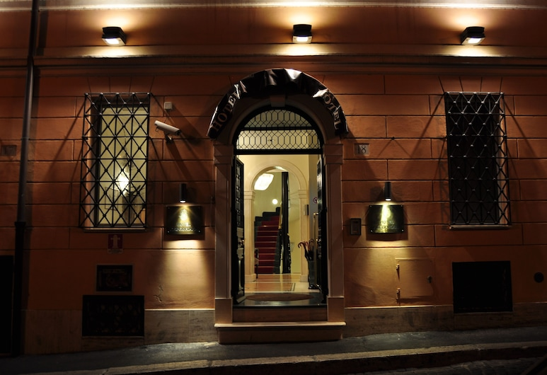 Hotel Gregoriana, Rome, Hotel Entrance