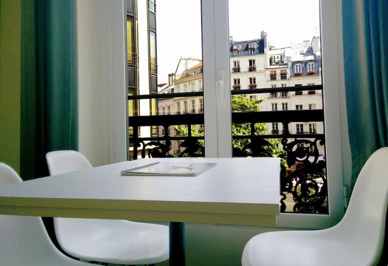 Conde Chic Studio, Paryż, Studio (Conde Chic 2ndFloor Newly Refurbished), Pokój