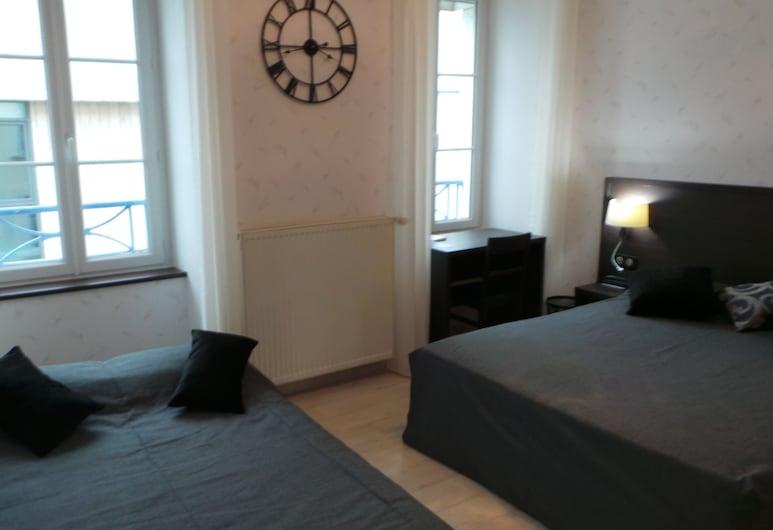 Hôtel La Renaissance, Cherbourg-en-Cotentin, Superior Τετράκλινο Δωμάτιο, Δωμάτιο επισκεπτών