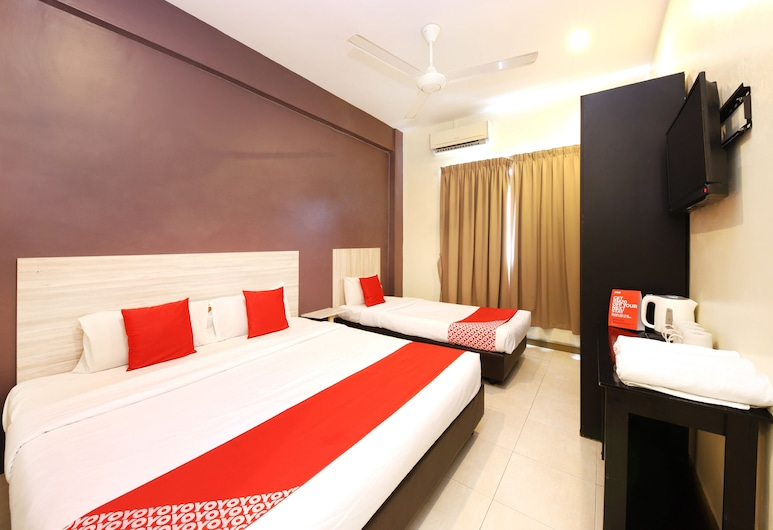 OYO 497 ESQ Ferringhi Hotel, George Town, Superior Suite, Guest Room