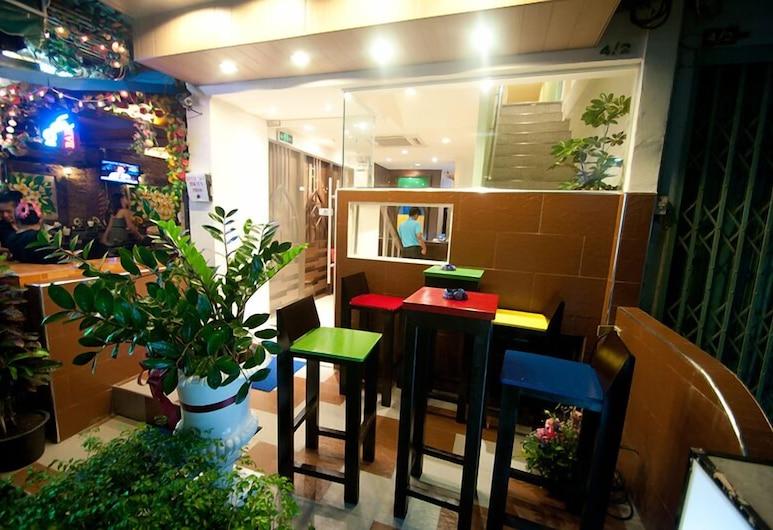 Royal Express Bangkok, Μπανγκόκ, Μπαρ ξενοδοχείου