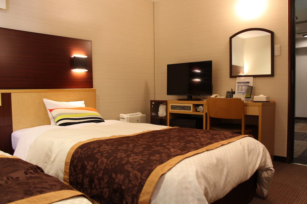 Ueno First City Hotel, Tokyo, Basic Twin Room, 2 Twin Beds, Smoking