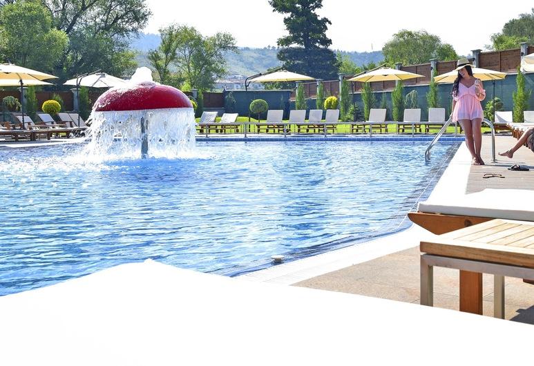 Regnum Bansko Hotel & Thermal pools in Banya, Bansko, Piscine en plein air