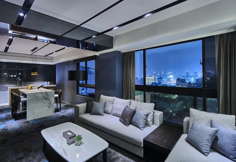 Kung Shang Design Hotel, Kaohsiung, סוויטה נשיאותית, חדר שינה אחד, נוף מחדר האורחים