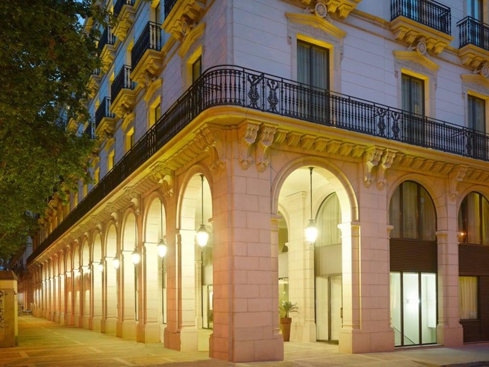 Book k k hotel picasso in barcelona for Hotel de paris barcelona