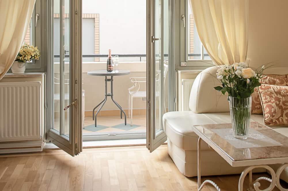 Departamento familiar, 1 habitación, balcón, planta baja (With Garage) - Sala de estar