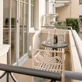Departamento familiar, 1 habitación, balcón, planta baja (With Garage) - Balcón