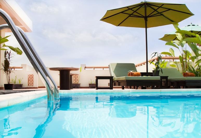 Cheathata CTA Hotel Siem Reap, Siem Reap, Pool