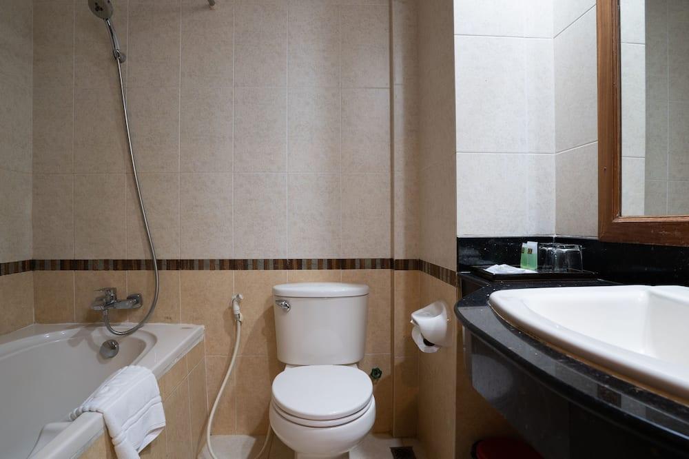 Habitación Deluxe doble, balcón (Free Pick up) - Cuarto de baño