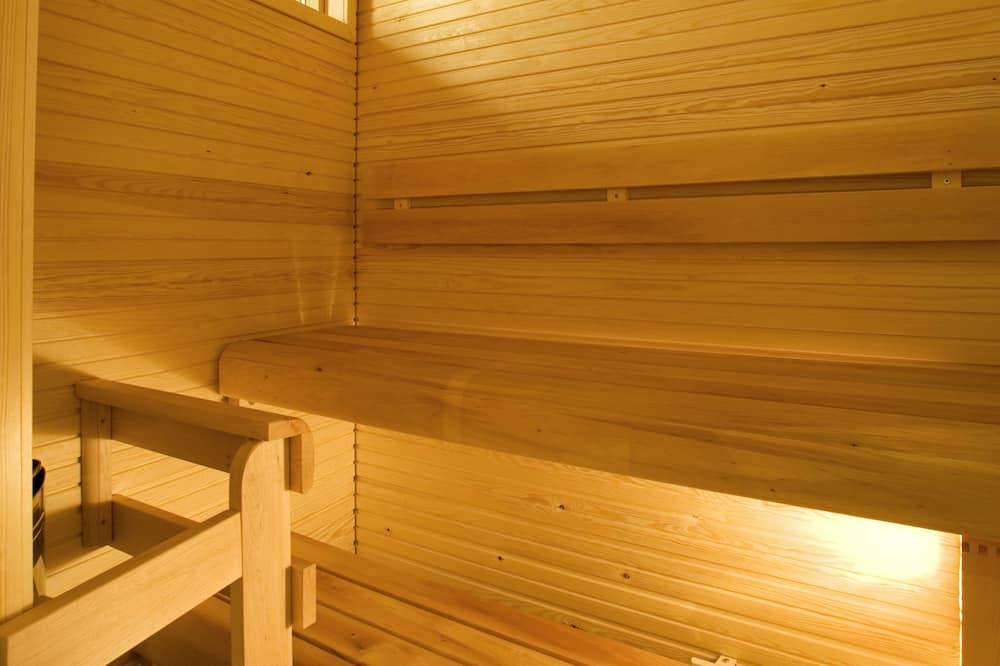Pokój z 2 pojedynczymi łóżkami typu Superior, widok na rzekę - Łazienka