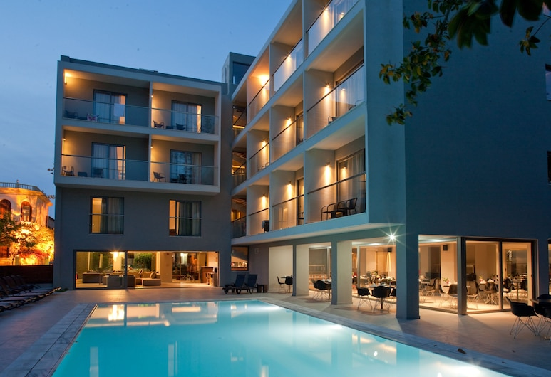 Oktober DownTown Rooms, Rodos