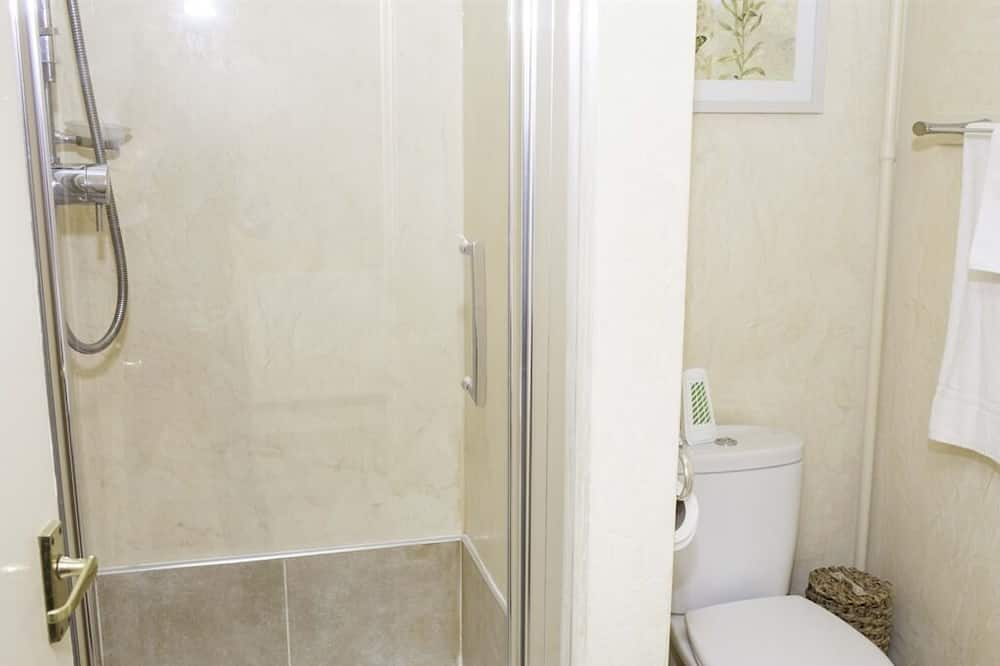 Standard Suite, Ensuite (Sleeps upto 5 people) - Bathroom
