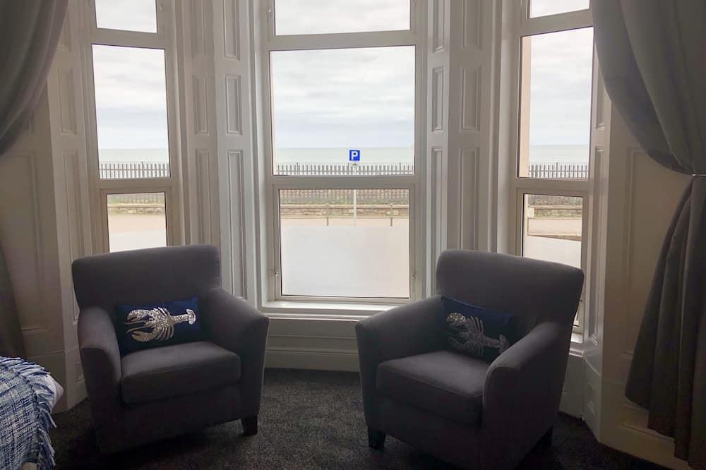 Standarta divvietīgs numurs, skats uz jūru, pirmais stāvs (Seawalk) - Dzīvojamā zona