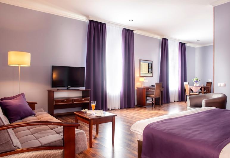 Greguar Hotel & Apartments, Kyiv, Superior appartement, Kamer
