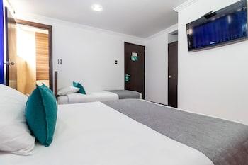 Фото Hotel Ayenda Fidenzi 1023 у місті Богота