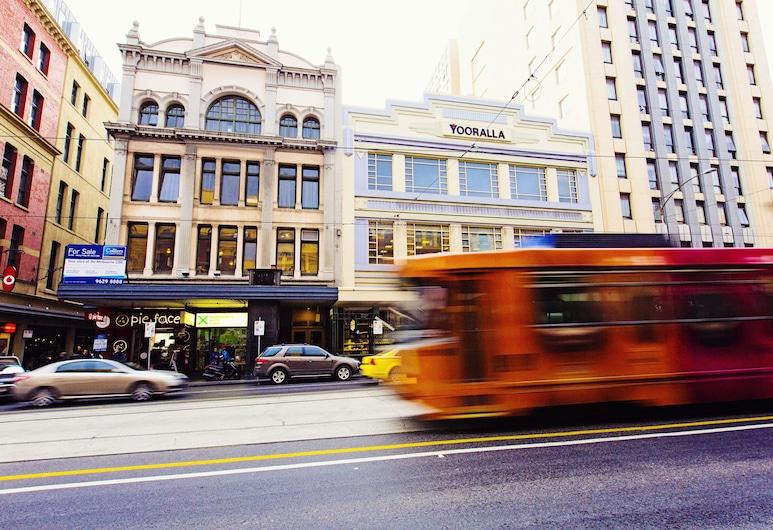 United, Melbourne, Façade de l'hôtel