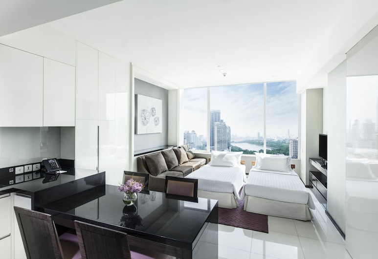 グランデ センター ポイント ホテル ターミナル 21, バンコク, Executive Suite for 4 persons, リビング ルーム