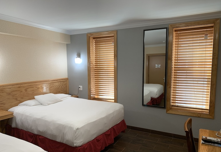 The Baron Hotel, Washington, Standard Room, 2 Double Beds, Guest Room