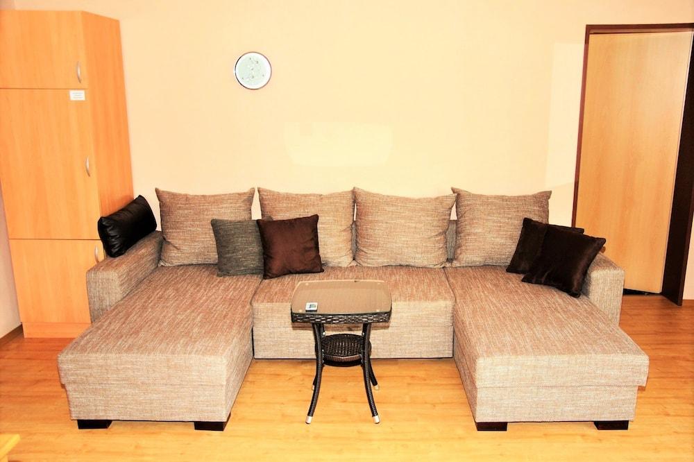 Deluxe-Apartment, Gartenblick - Zimmerausstattung