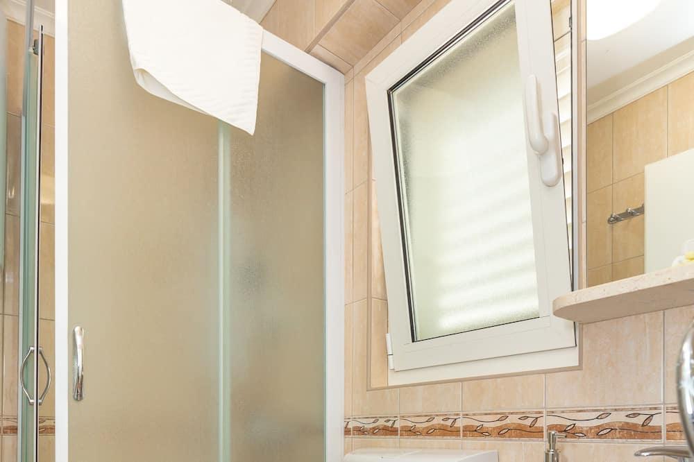 Studio, Terrace - Bathroom