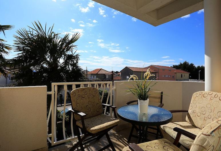 Villa Sonja, Zadar, One Bedroom Apartment for 4 people, Terrass