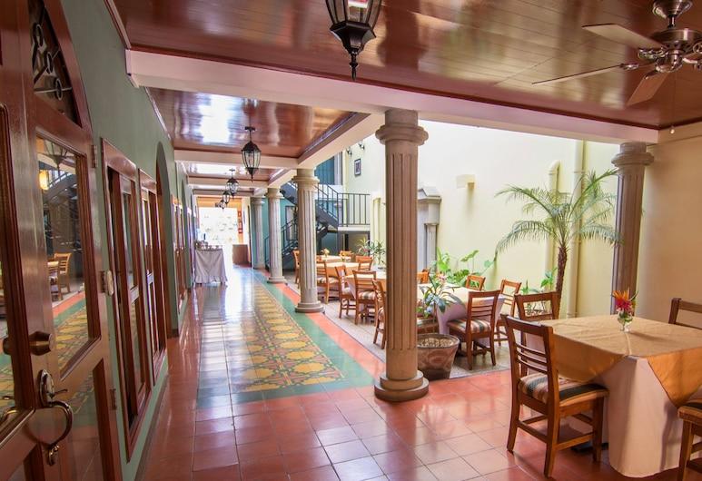 梅瑟迪斯里昂酒店, 雷昂, 大堂酒廊