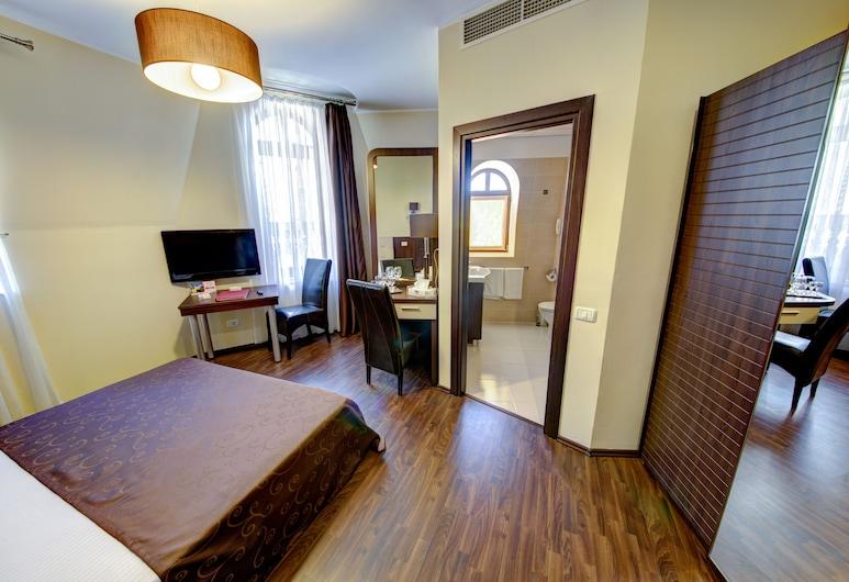 Hotel Reginetta, Bucharest, Standard Single Room, 1 Bedroom, Bilik Tamu