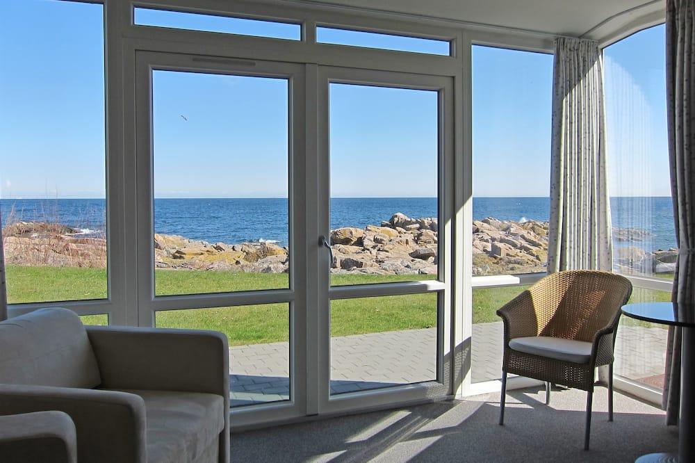 Улучшенные апартаменты, гидромассажная ванна (Linen Excluded) - Вид из номера