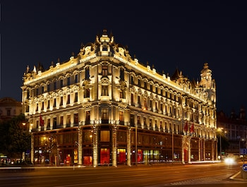 Picture of Buddha-Bar Hotel Budapest Klotild Palace in Budapest