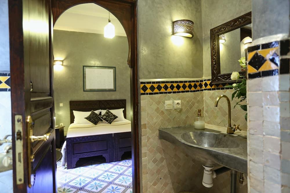 Superior-værelse - Badeværelse