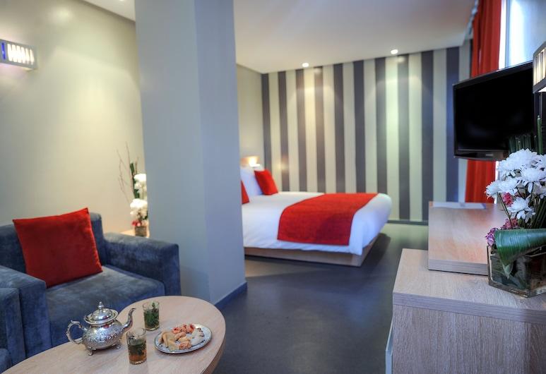 Manzil Hotel, Касабланка, Трехместный номер, Гостиная