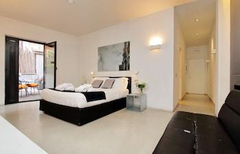 Picture of Urben Suites Apartments Design in Rome