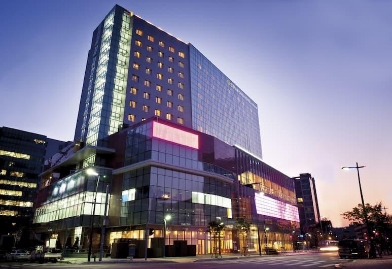 스탠포드 호텔 서울, 서울특별시